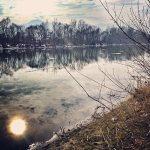 Річка Тиса. На іншому березі - Румунія
